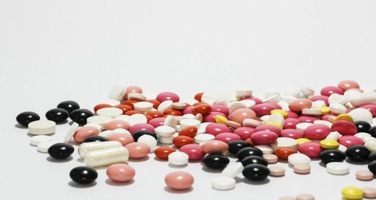 birth control pills by stefani ruper