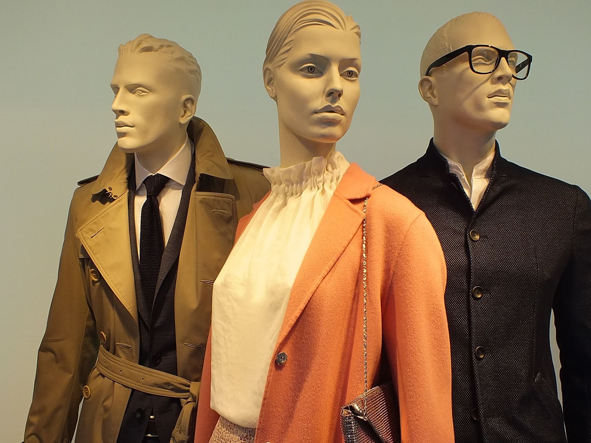 Do Mannequins Menstruate? Science says…