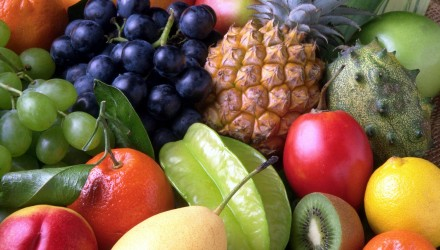 5 reasons you should be eating fruit by stefani ruper