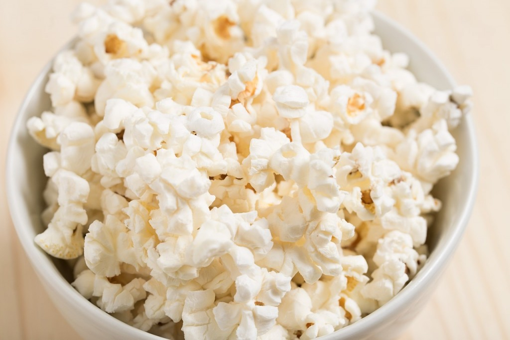 This Week in Paleo: Top Snacks for the Movies